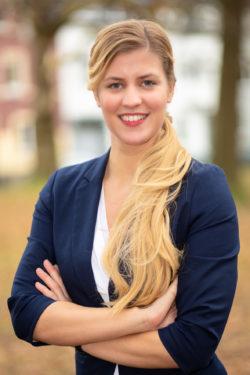 Katja Hennig